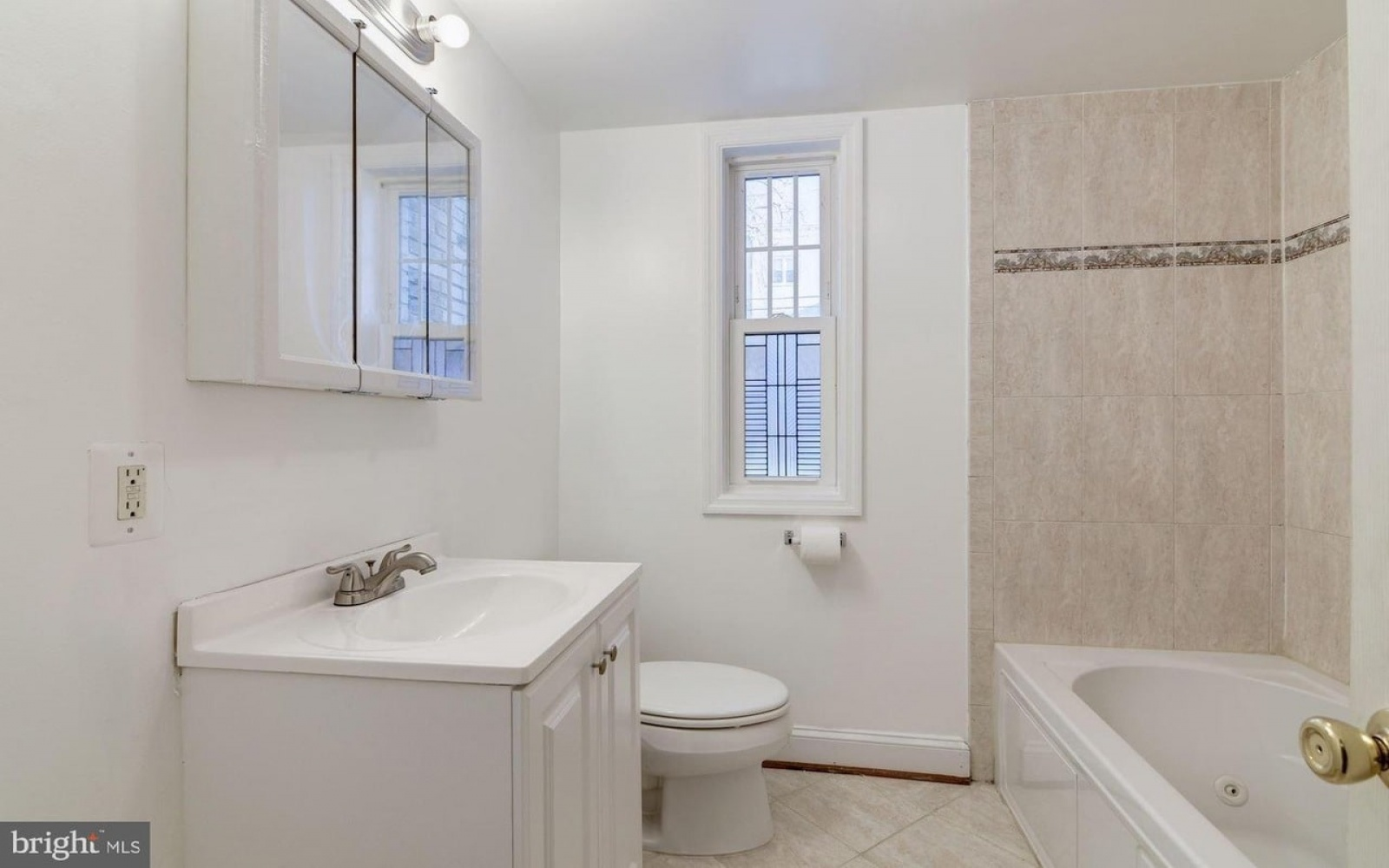 3874 9th St SE,Washington,District Of Columbia 20032,2 Bedrooms Bedrooms,1 BathroomBathrooms,Apartment,9th,1196