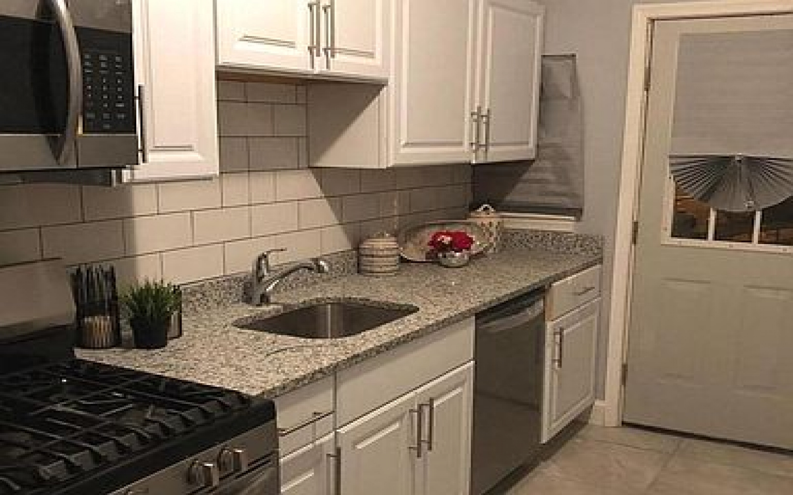 1402 18th Pl SE,Washington,District Of Columbia 20020,1 Bedroom Bedrooms,1 BathroomBathrooms,Apartment,18th,1203