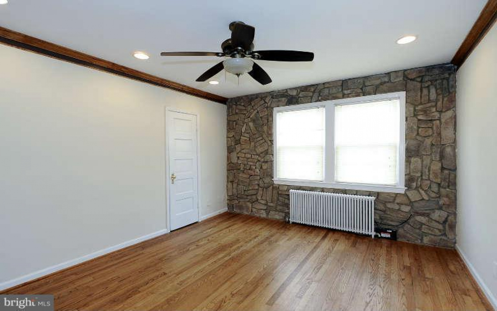 1809 18th St SE,Washington,District Of Columbia 20002,2 Bedrooms Bedrooms,1 BathroomBathrooms,Apartment,18th St,1241