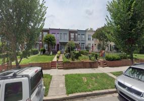 1439 S Carolina Ave SE,Washington,District Of Columbia 20003,4 Bedrooms Bedrooms,1 BathroomBathrooms,House,S Carolina Ave,1298