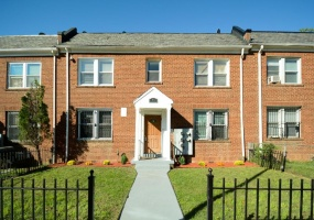 1214 18th Pl,Washington,District Of Columbia 20002,2 Bedrooms Bedrooms,1 BathroomBathrooms,Apartment,18th,1034