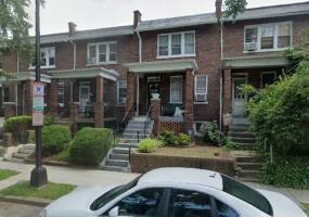 1815 Burke St,SE,Washington,District Of Columbia 20003,4 Bedrooms Bedrooms,2 BathroomsBathrooms,House,Burke,1085